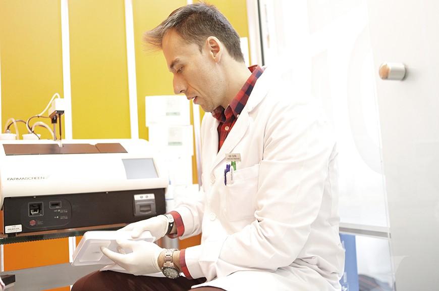 Gabriel farmaceutico y ortopeda de Farmacia Golzarri